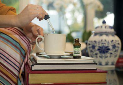 Tak spożywaj olej CBD w herbacie